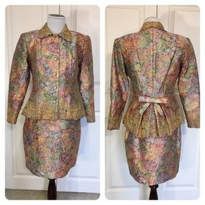 Vintage Farinae Collections skirt suit